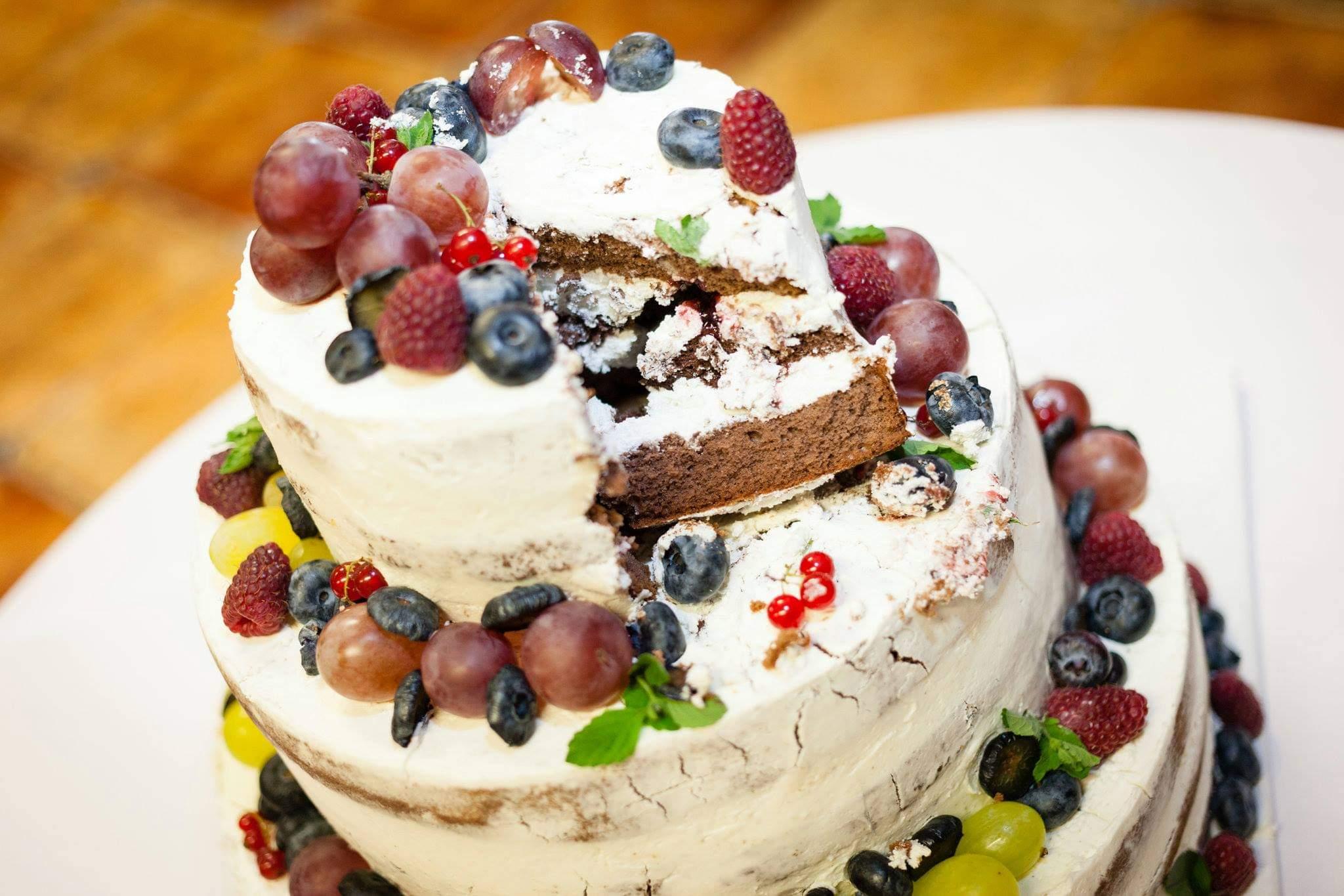 Svatební dort   Dašické sklepy